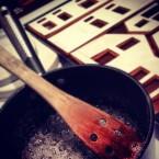 Kokning av karamell till fönster