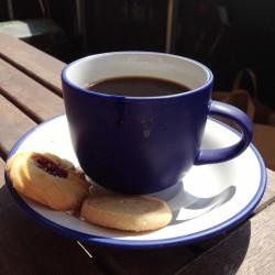 Kaffekopp och kakor