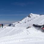 Snowboard park under tillverkning.